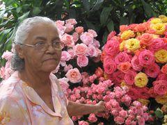 Como una Rosa entre las Rosas.