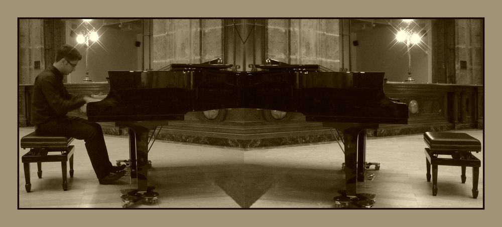 Concerto color seppia