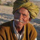 Conductor de camelolos en el desierto de Thar