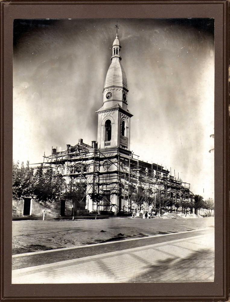 Construcción torre Iglesia S. Pedro