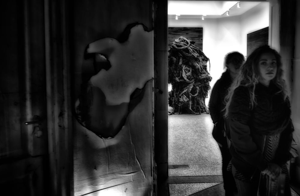 contact.art.encounter