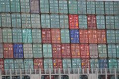 Container Berge auf dem Schiff