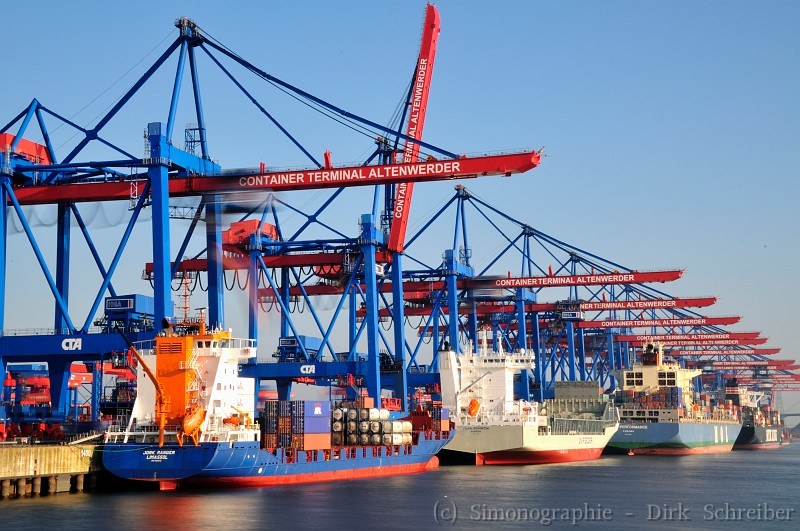 Container freighter unloading at Container Terminal Altenwerder, Hamburg Germany
