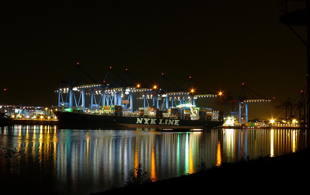 Container-Terminal Altenwerder  NYK APOLLO
