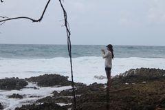 Contemplando  la mar, Capurgana