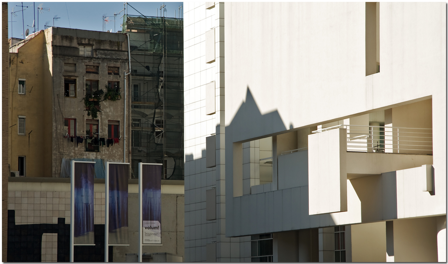 Contrastes en la ciudad