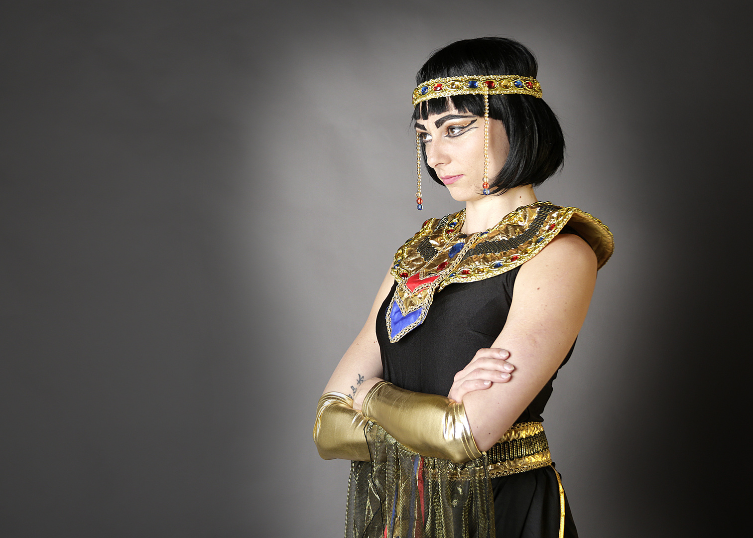 Convaincante en reine d'Egypte...?