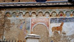 Convento di San Francesco di Susa - Außenansicht - Fresken