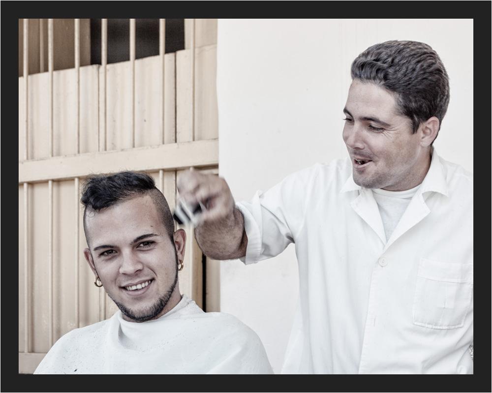 ...cooler Haarschnitt...