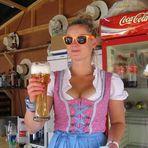 Cooles Girl auf der Kieler Woche