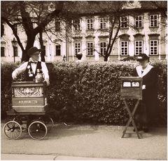 Coppia di suonatori a Praga