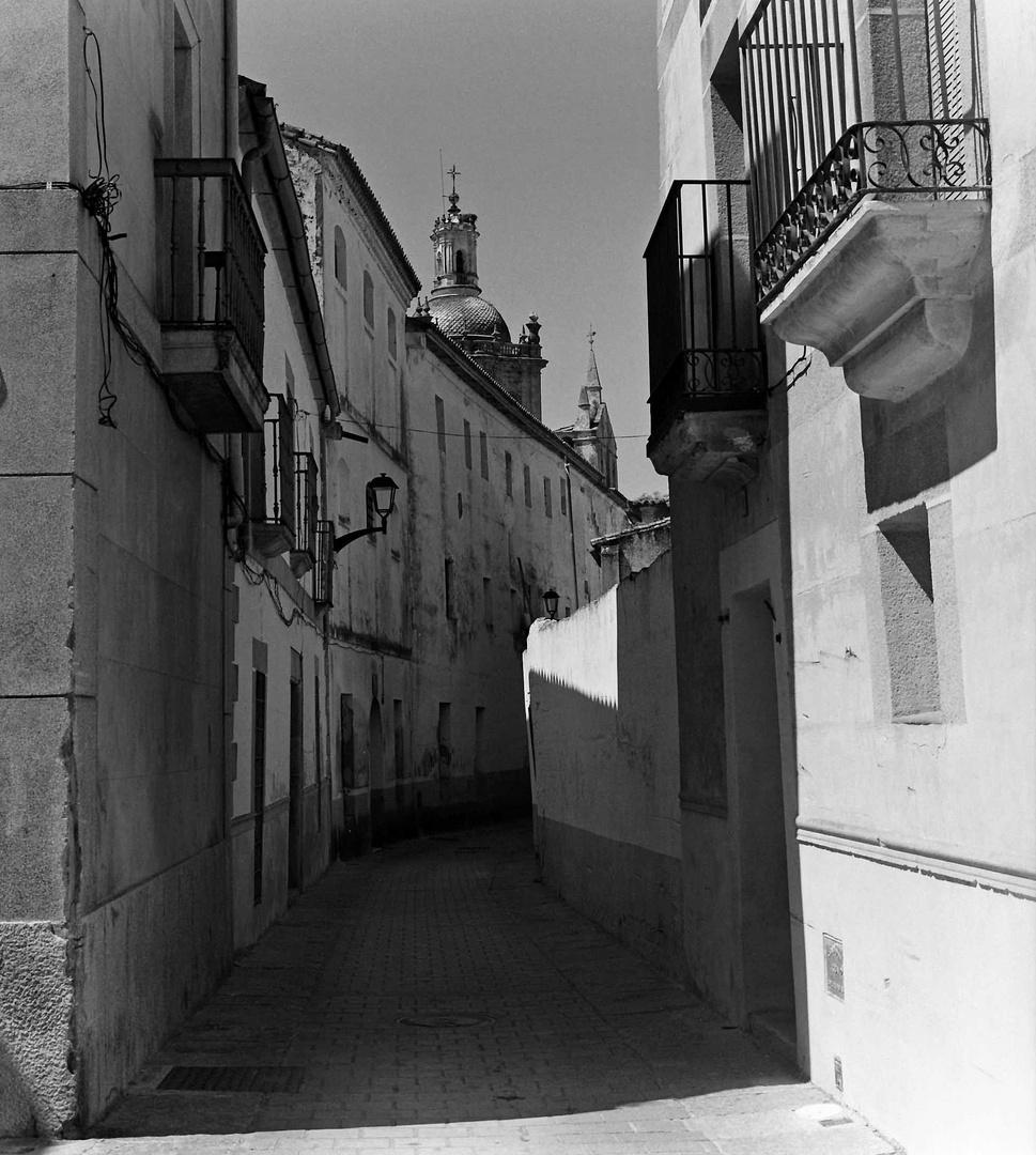 Coria, Old Seminary Street