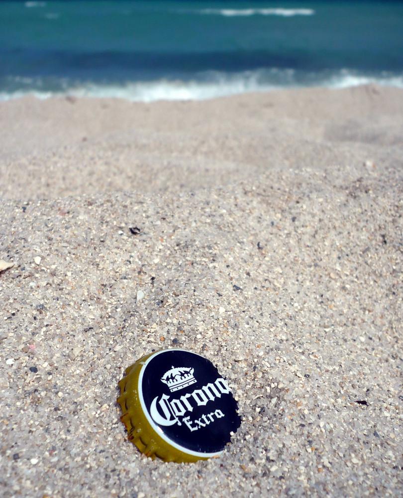 CORONA extra MIAMI Beach