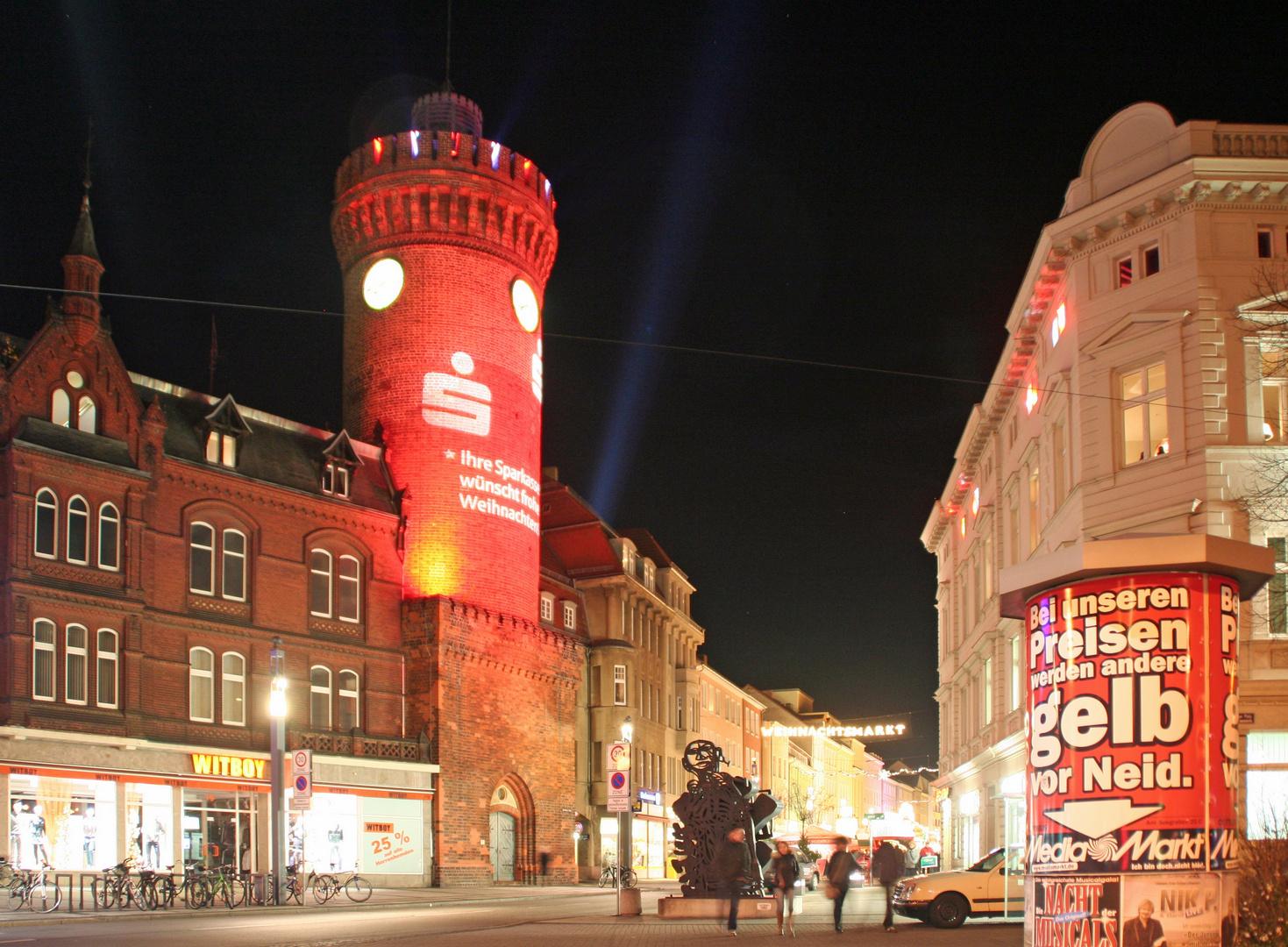 Cottbus: Die Spremberger Straße mit dem Sprembergeer Turm