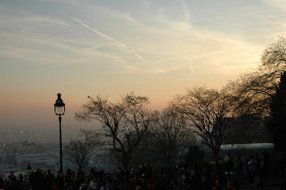 couchant sur Paris