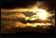 Couché de soleil bien nuageux