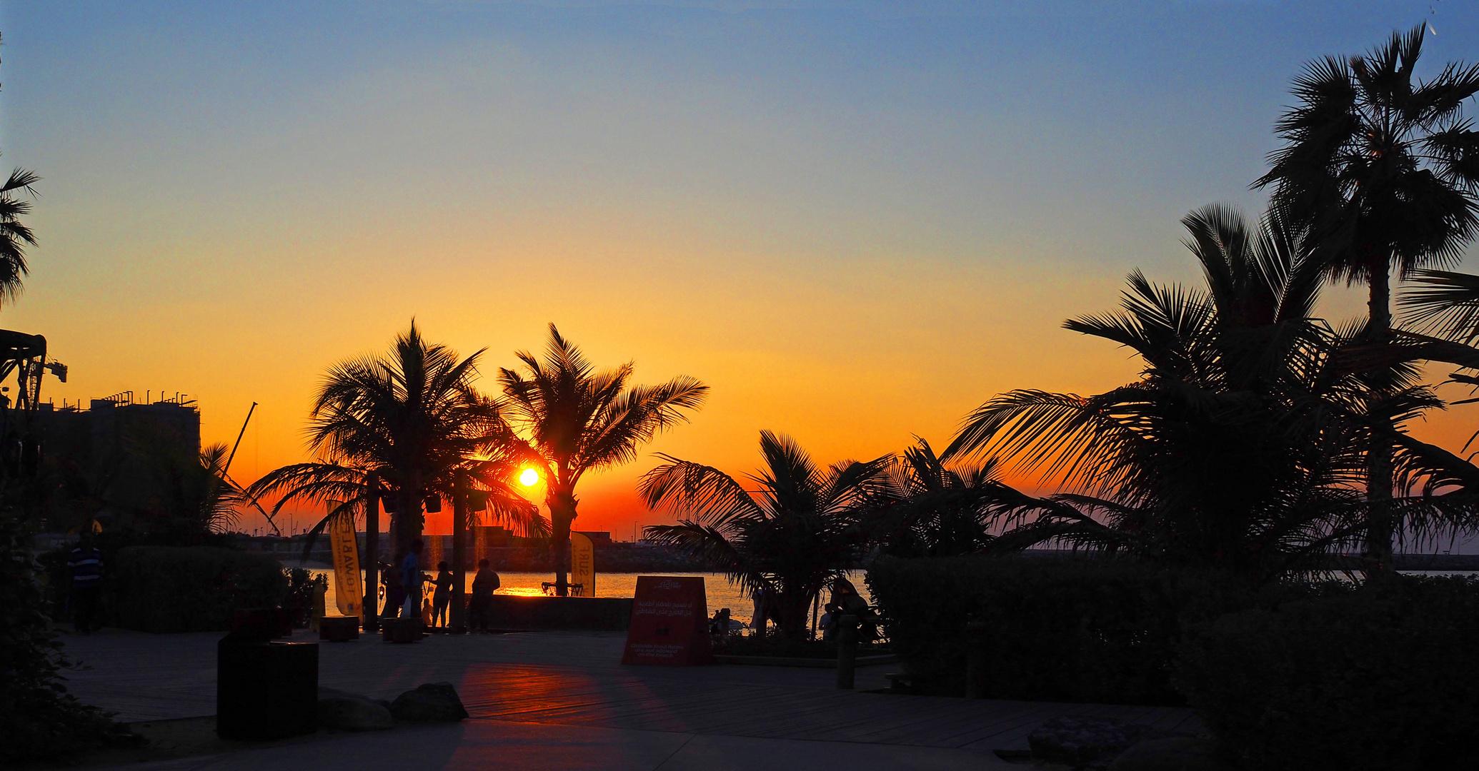 """Coucher de soleil à """"La Mer"""""""