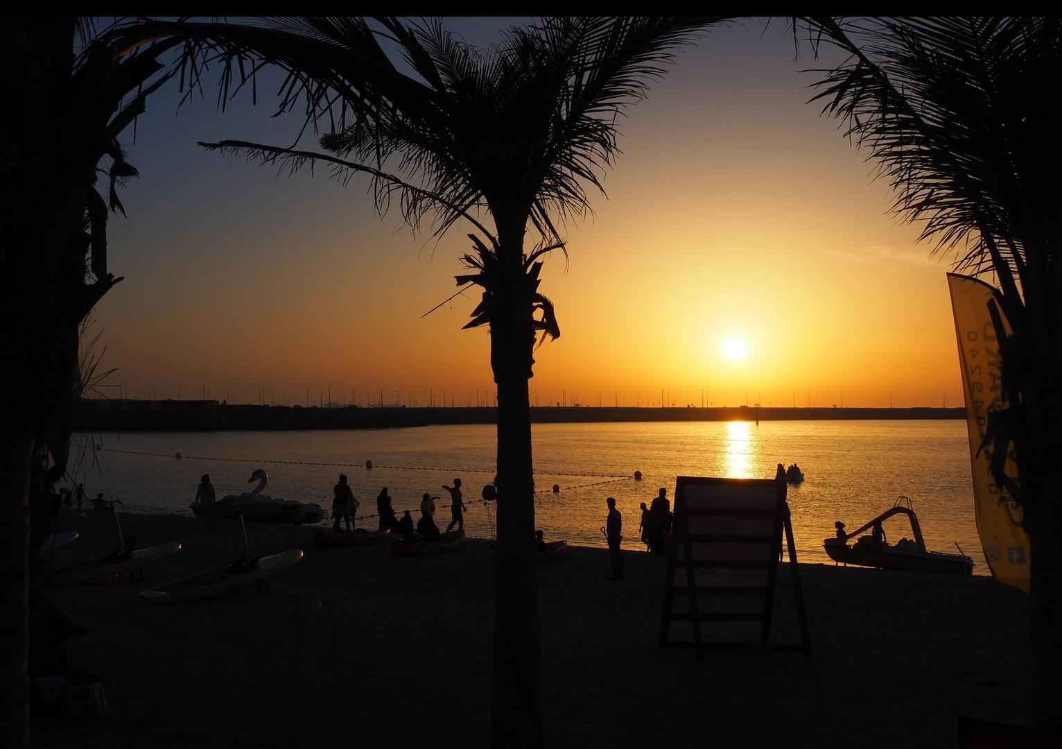 Coucher de soleil à la Plage de Jumeirah 1  La Mer