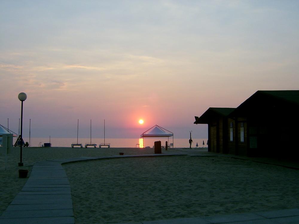 Coucher de soleil à Napitia