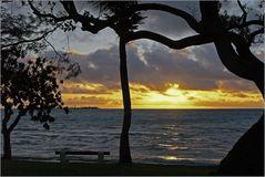 Coucher de soleil devant Nouméa