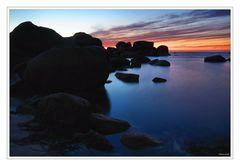 Coucher de soleil, rocher et mer