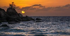 Coucher de soleil sur la Anse Soleil