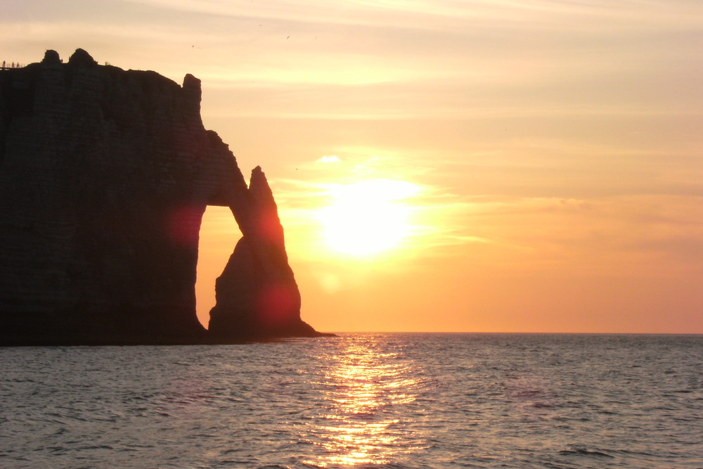 coucher de soleil sur l'aiguille
