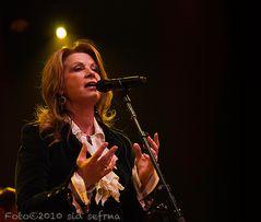 Country Lady - Patty Loveless...