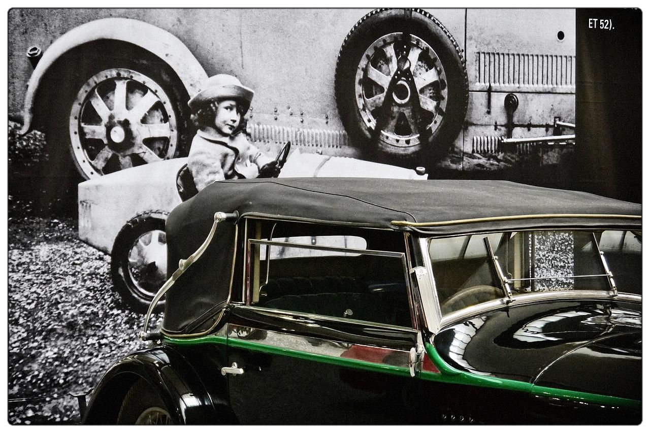 Coup d 39 oeil photo et image frankreich oldtimer auto images fotocommunity - Telemoustique coup d oeil ...