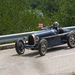 Course de côte vieille voiture