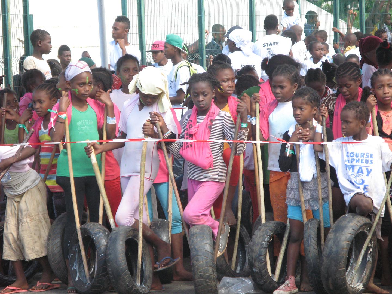 course de pneus à Mayotte