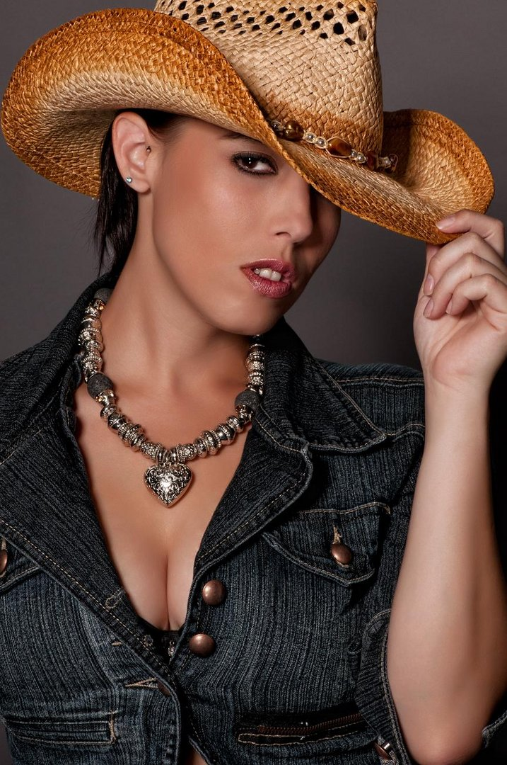Cowgirl's got style