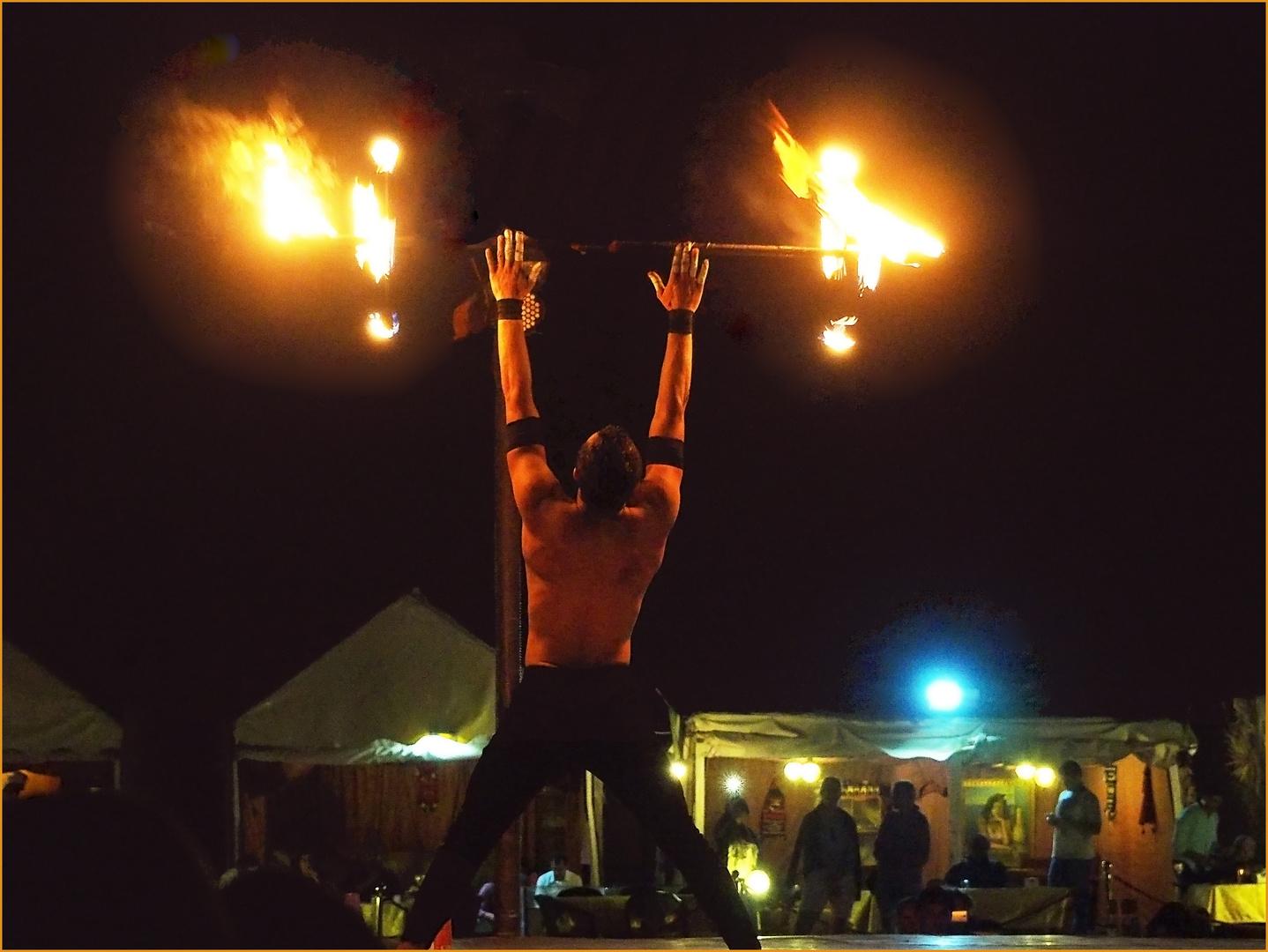 Cracheur / jongleur de feu