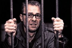 *Crazy Jail*