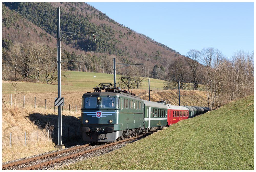 "Crémines | CH-BE (Bern) | 10.12.2016 | SBB-Ae 6/6 11421 ""Graubünden"""