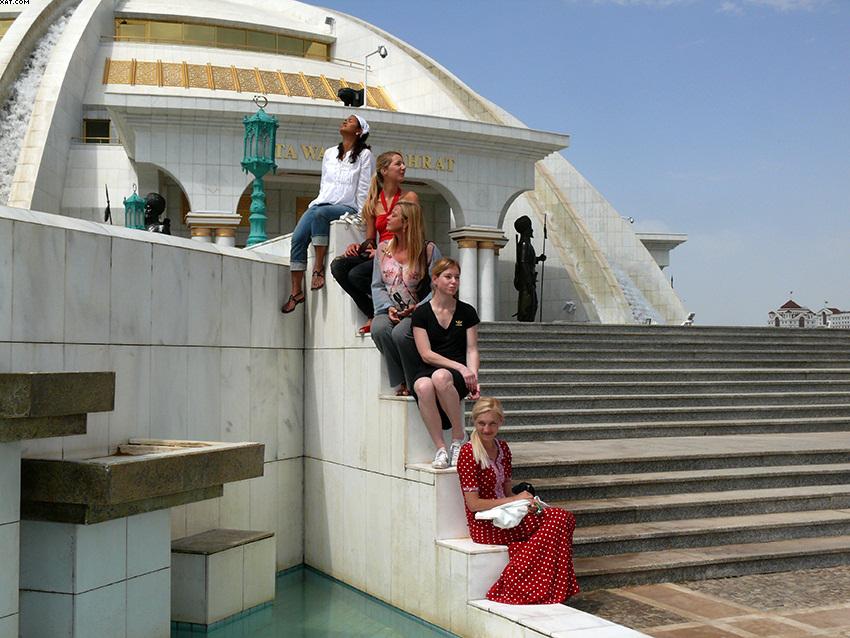 Crew-Life in Ashgabat (2)