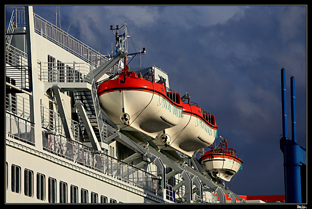 Croisière sur le Quai de France - Port de Cherbourg - 2008