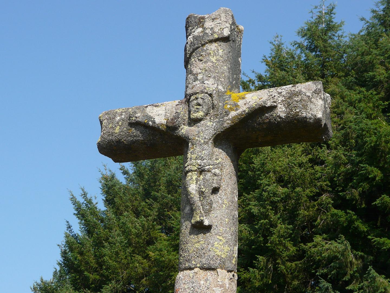 Croix auvergnate (vers Le Brugeron)