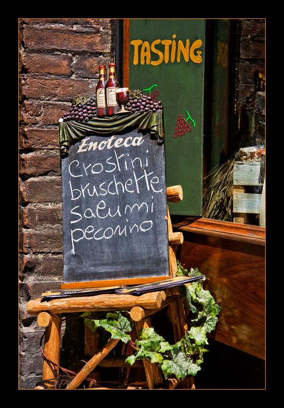 crostini, bruschette, salumi, pecorino