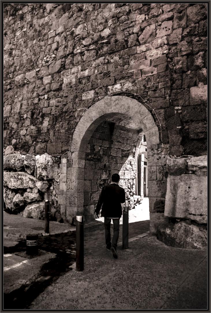 cruzando la muralla