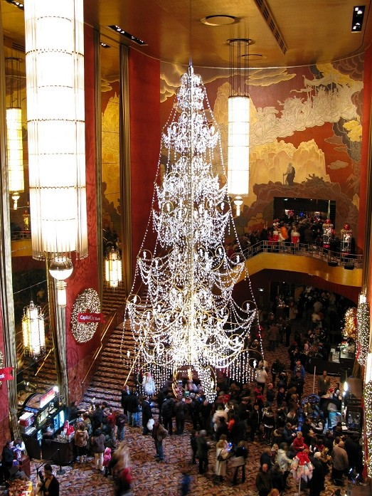 Crystal Tree in Radio City Music Hall - December 2008