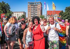 CSD 2021 in Rostock: demonstrativ bunt