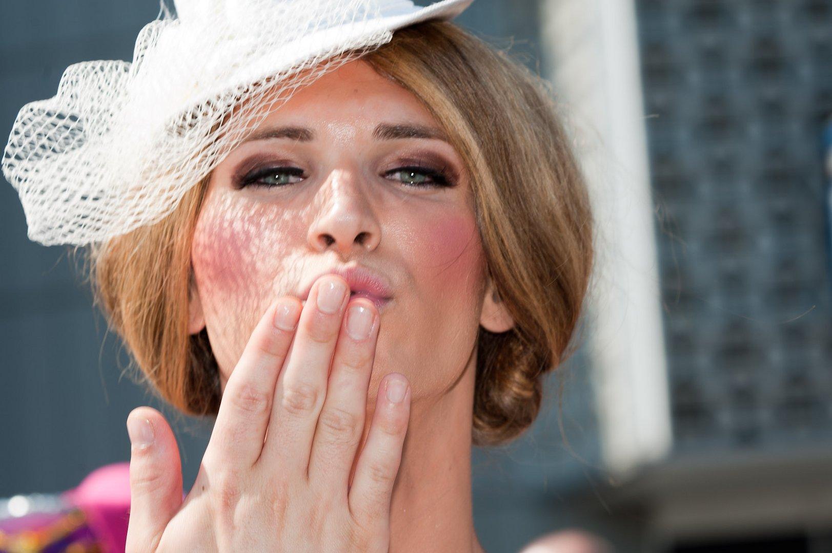 CSD Küsse - Grüße