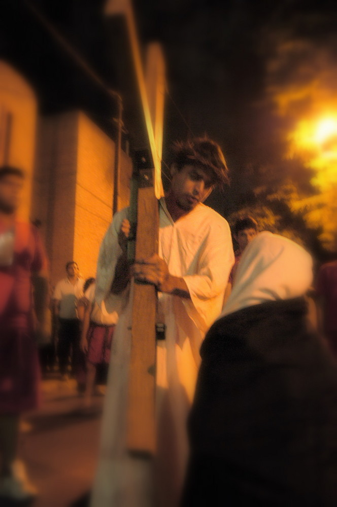cuarta estacion via crucis seri 4 Imagen & Foto | grupos, personas ...