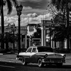 Cuba Car B&W No.16