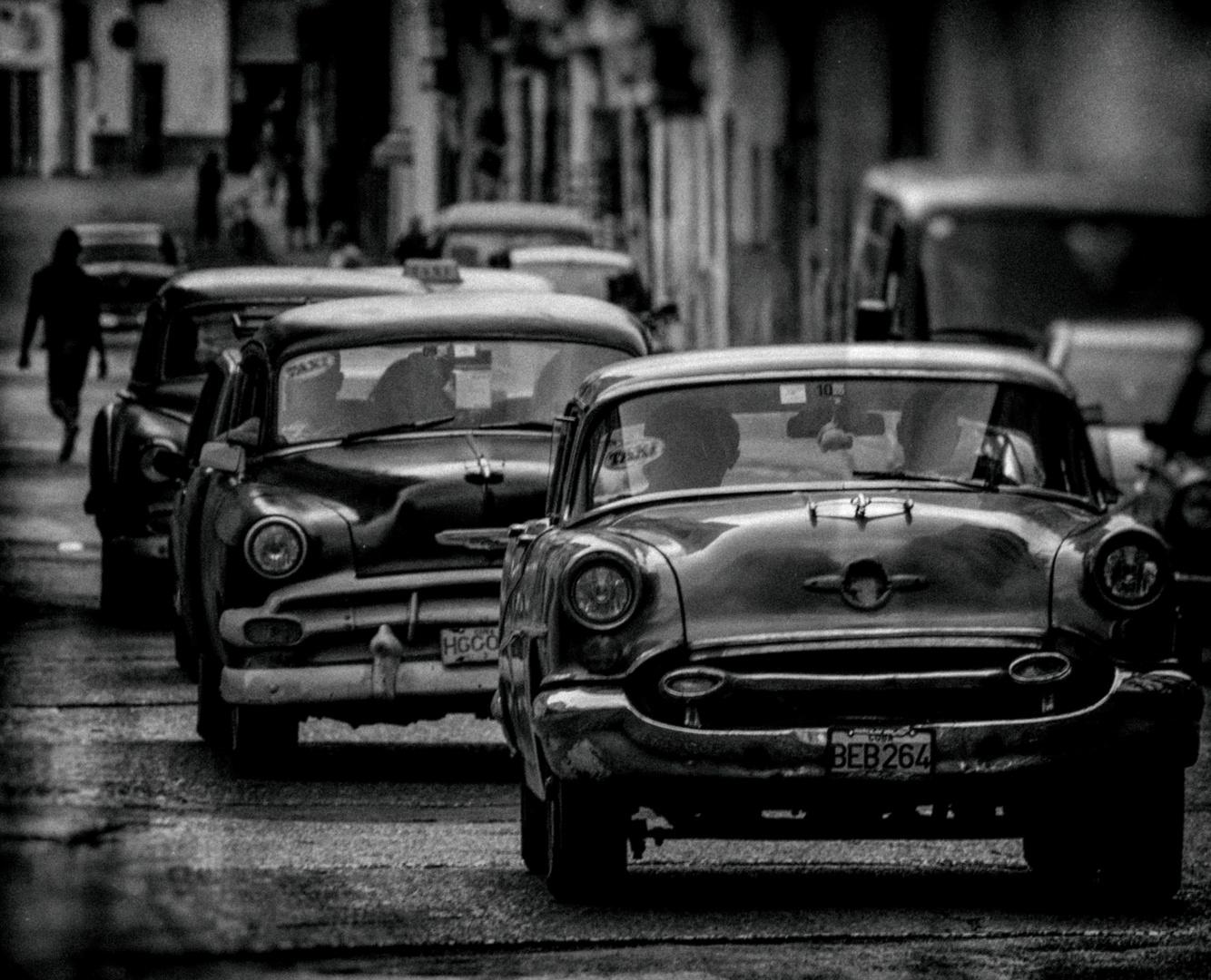 Cuba Car B&W No.19