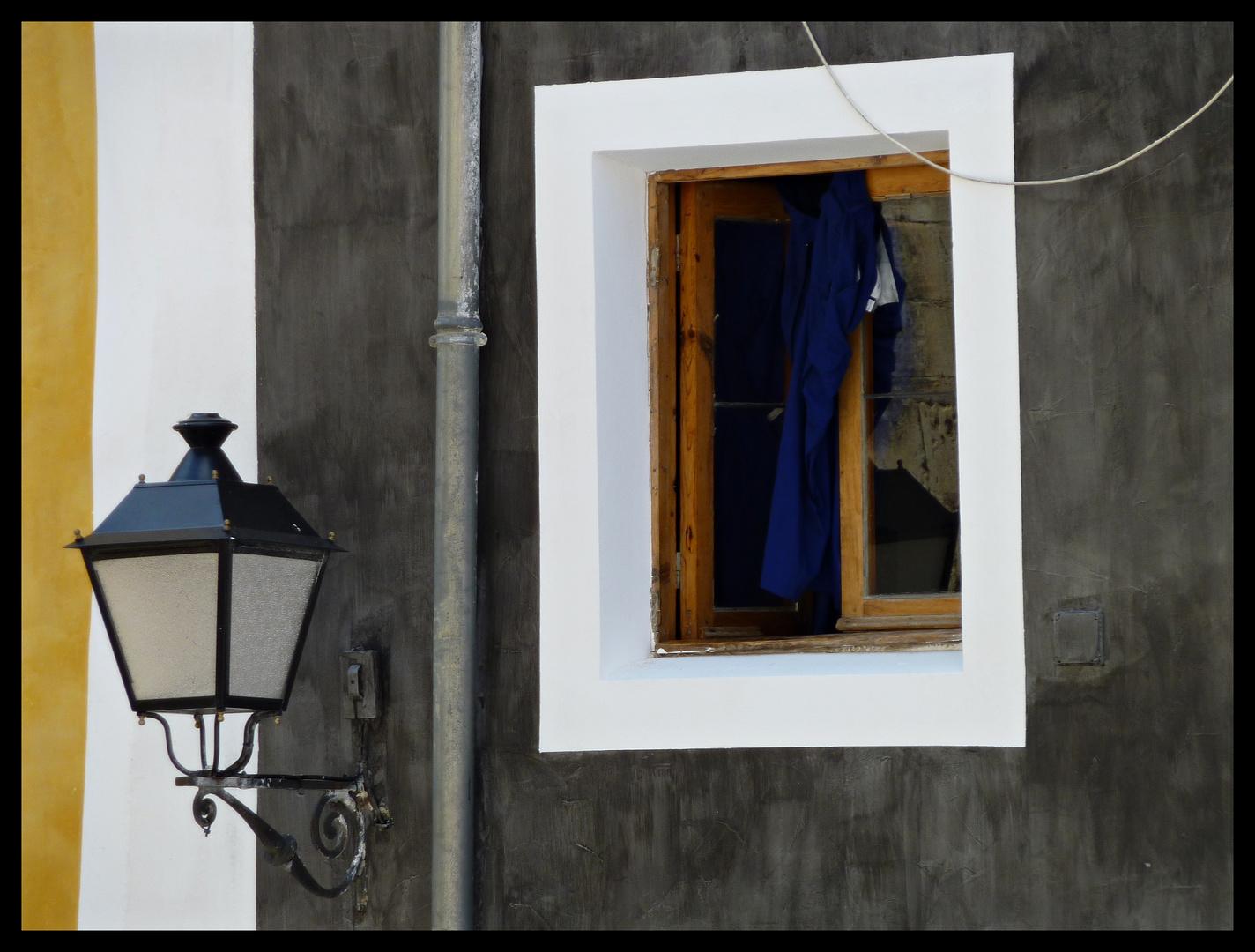 CUENCA - ventana