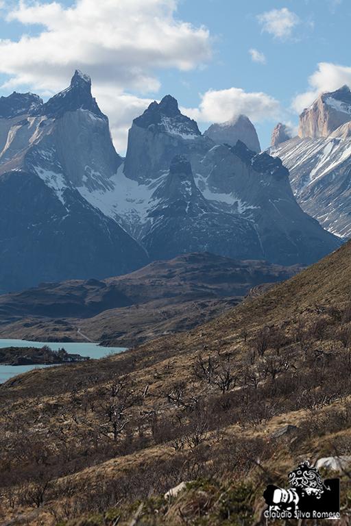 Cuernos del Paine. (Desde laguna Peohé)