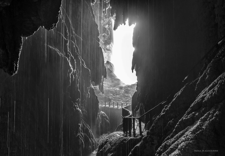 Cueva Iris