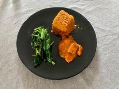 Curry, Bulgur, Blattspinat